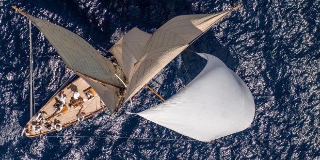 026-1920x1200 plain sailing
